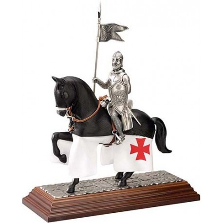 Mounted Templar Knight in Suit of Armor (Gualdrapa)
