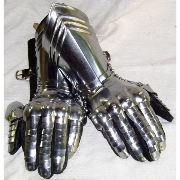 AH6020 Gauntlets With attached