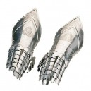 Spanish Gauntlets with Articulated Fingers 16th Century Engraved