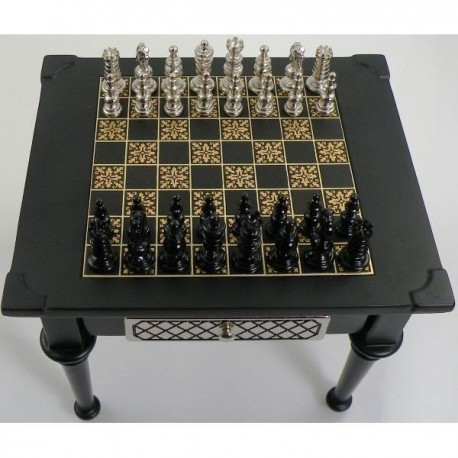 Medieval Gold Chess Set Black
